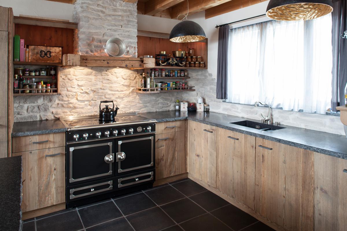 Küche Sichtaltholz