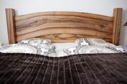 Pitschen Schreinerei - Bett Nussbaum