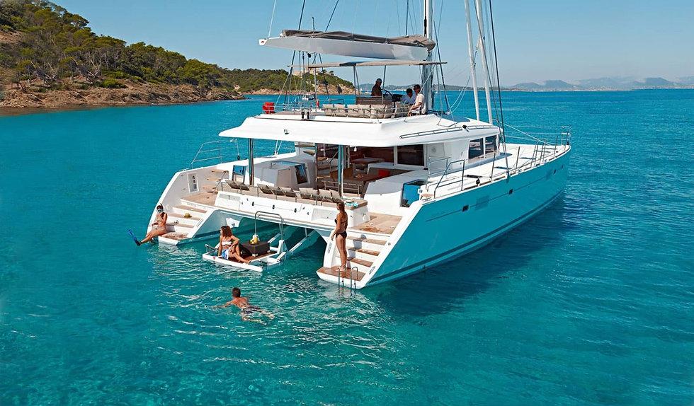 Goodlife-Yachting-2628_edited.jpg