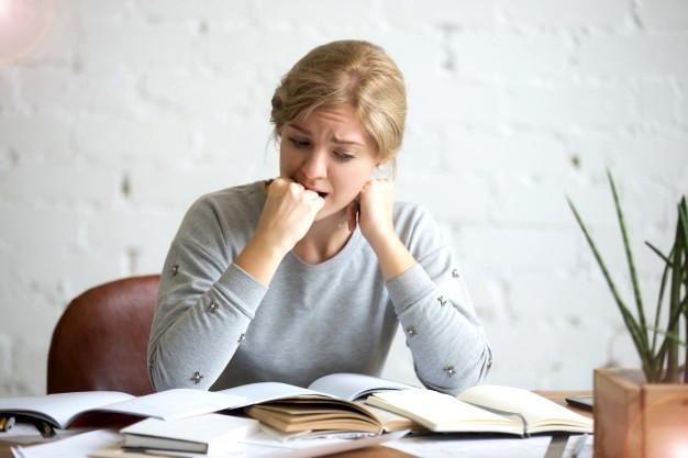 mulher-com-sindrome-do-panico