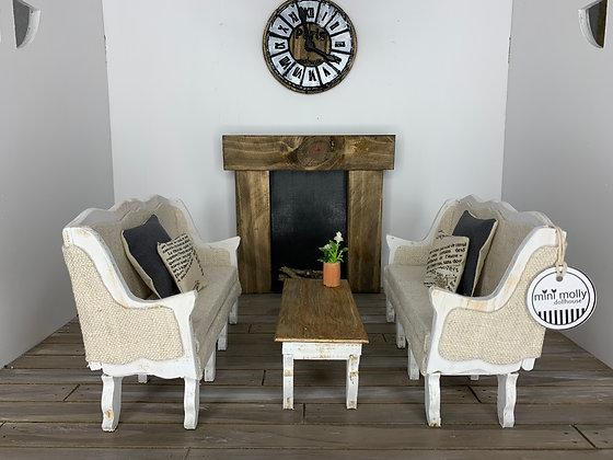 1:6 Lounge Room