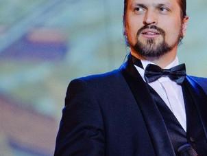 День города в Екатеринбурге певец Алексей Петров встретил в Литературном квартале.