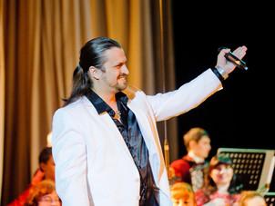 Солист Алексей Петров примет участие в концерте «Вдруг, как в сказке…»