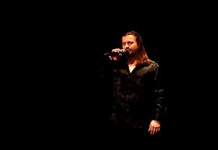 Видео с певцом Алексеем Петровым