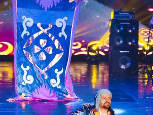 Алексей в роли Аладдина и волшебный ковер