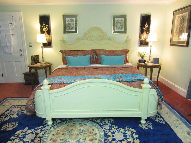 Calming Seas Room, Vacationhouse B & B, Hudson Valley Ulster Park NY