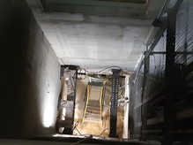 (44) Needles supporting 80 ton lift shaft