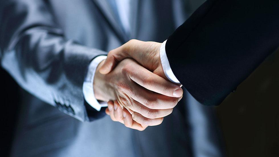 handshake_190617.jpg