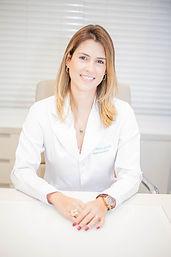 Nubia Goulart reumatologista médico trata lupus artrite artrose fibromialgia, em brasilia clinica revigore