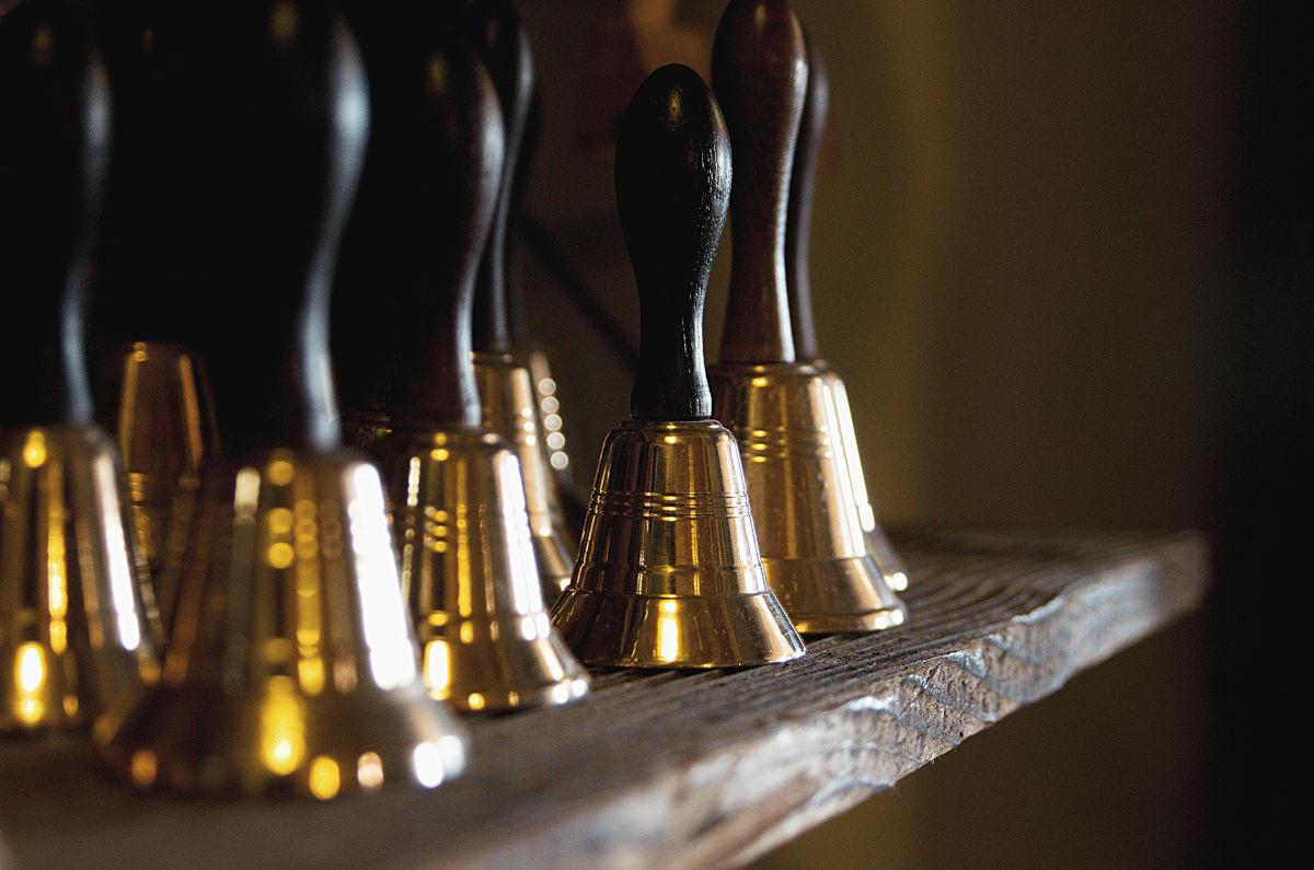 Leštěné bronzové zvonky