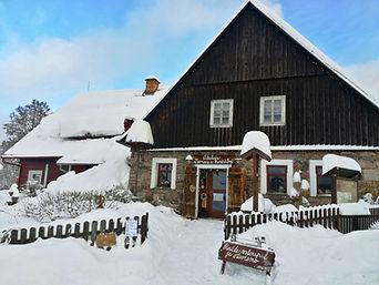 Ateliér Zvonaře a Hrnčířky v zimě.