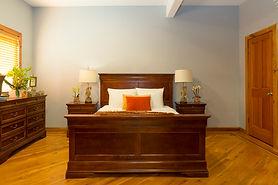 oak room1.jpg