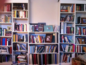 The Fully Stocked Bookshelf Fix