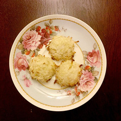 Sweet and Easy: Macaroons