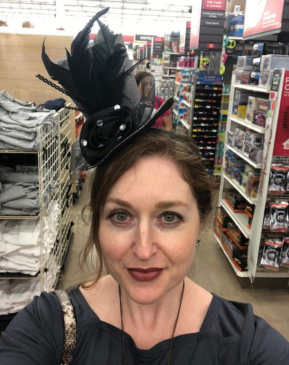 Bustle in a top hat