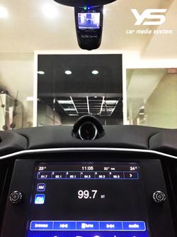 車窗縫合式行車紀錄器