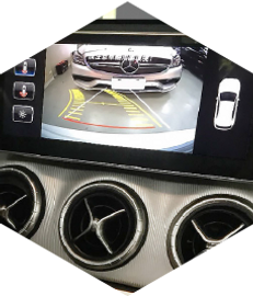Benz CLA250倒車-180608.png