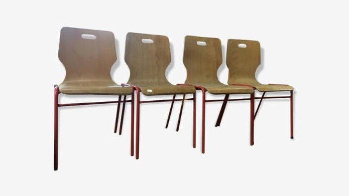 4 chaises d'école