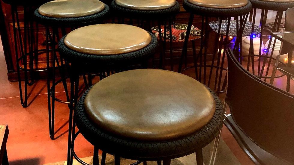 8 tabourets  de bar vintage
