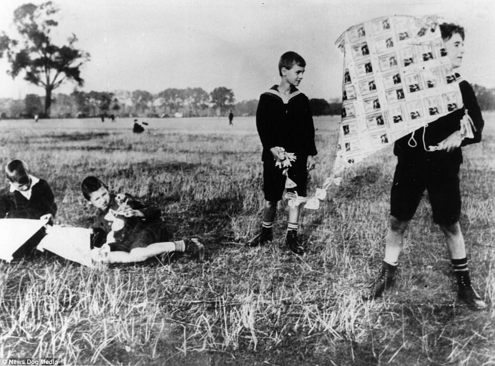 Children playing with kites made with worthless banknotes (Weimar Republic, Germany)