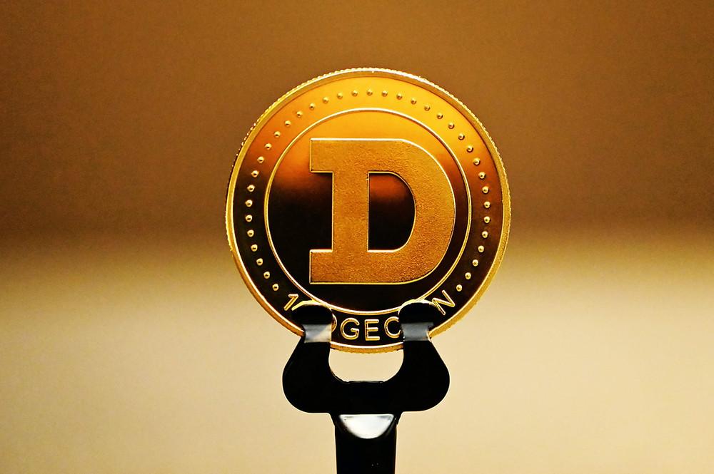 Coinbase lists Degecoin