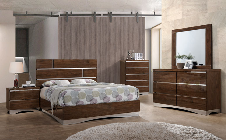 Beds & Bedroom sets
