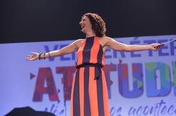 Luah_Galvão_apresentadora_União_Quími