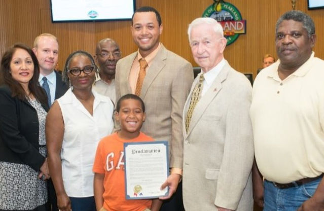 Quentin receives the Civil Rights Proclamation