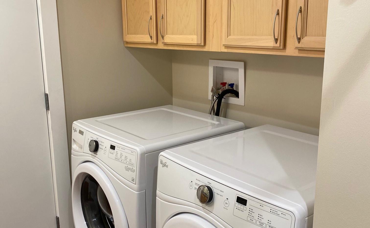 guest bath washer & dryer