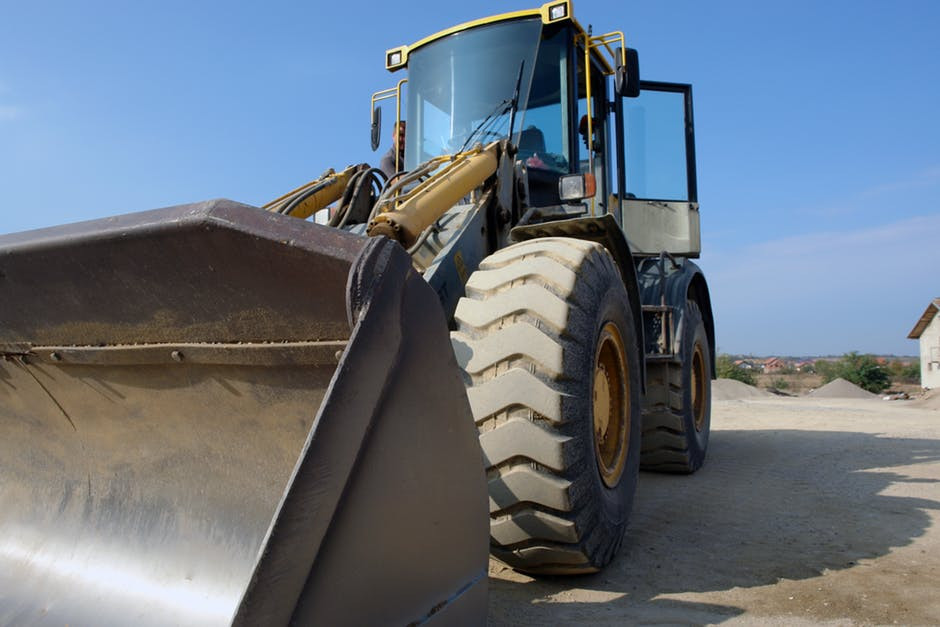 You need a big shovel to get big data into your data warehouse...