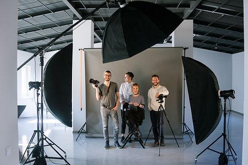 Творческая команда в студии
