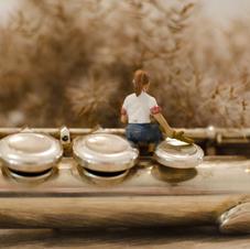 Vintage Flute Girl
