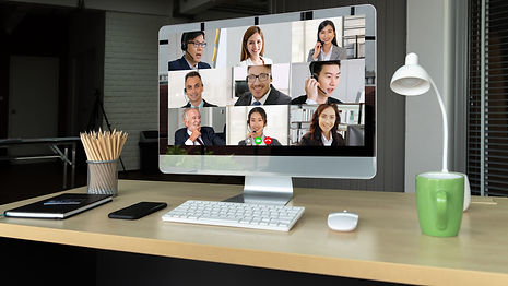 video-call-business-people-meeting-virtu