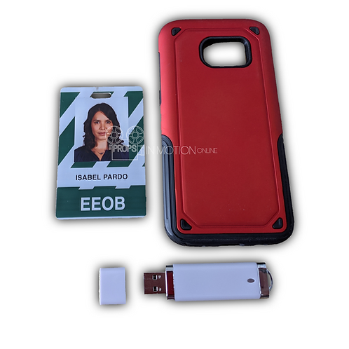 Designated Survivor (TV) Isabel (Elena Tovar) ID + Flash Drive + Cel Phone Case