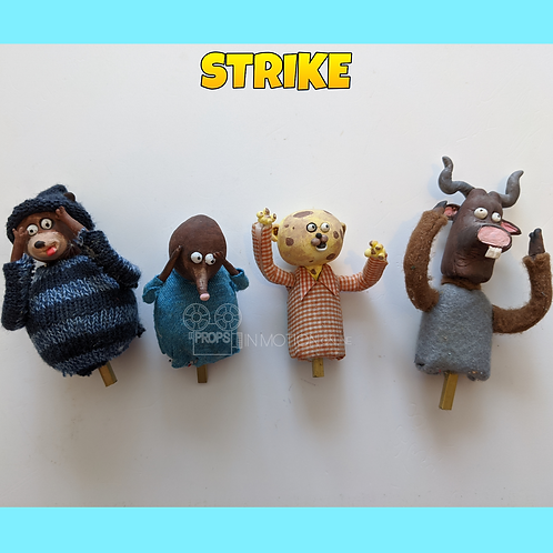 Strike (2018) 4 Crowd Puppets (S172)
