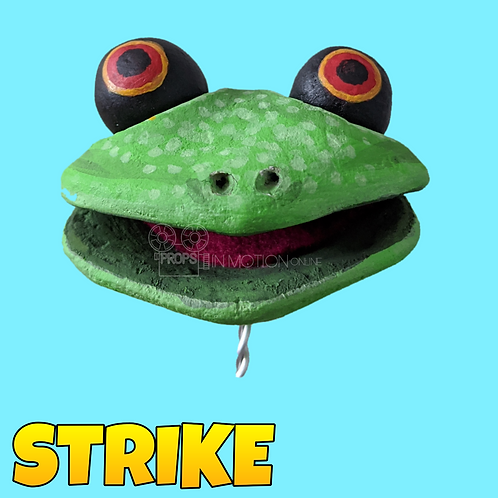 Strike (2018) Frog football player Puppet Head (S294)
