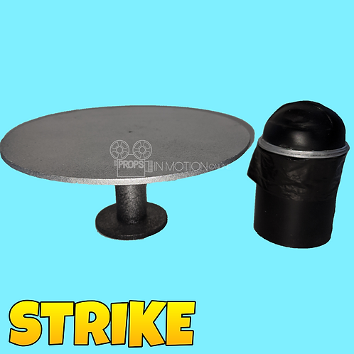 Strike (2018) Boss' Compound Table and Trash Can (S263)