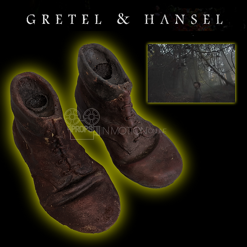 Gretel and Hansel (2020) Pair of Hanging Boots (0621)