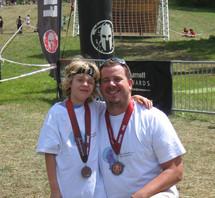 Un père et son fils courent pour l'Association québécoise du syndrome de Rett