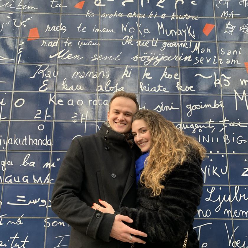At 'Le mur des je t'aime'
