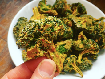 Cheesy Broccoli Poppers
