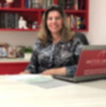 Dra. Fabianie Mattos Limoeiro | Advogada especializada em reestruturação financeira.