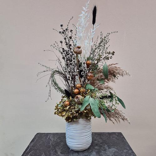 Dry Flower in creme Vase