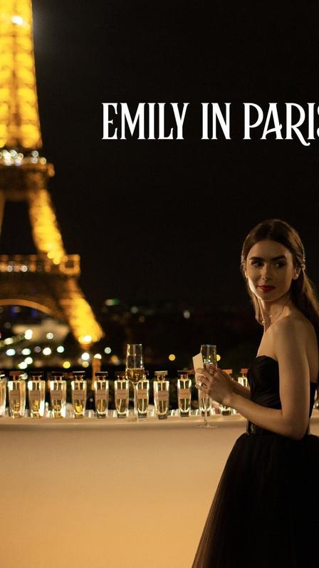 Emily in Paris   Netflix Official Site