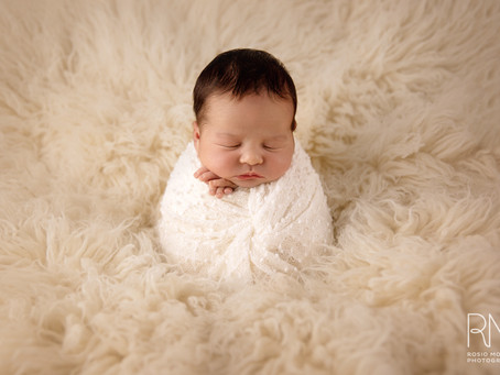 Newborn Session - Oh, Julia!