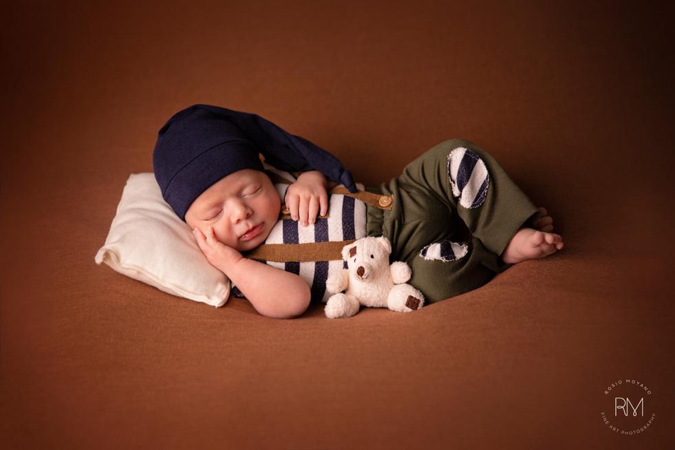 Rosio-best-newborn-photography-toronto-8