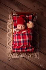 Rosio-best-newborn-photography-toronto-1