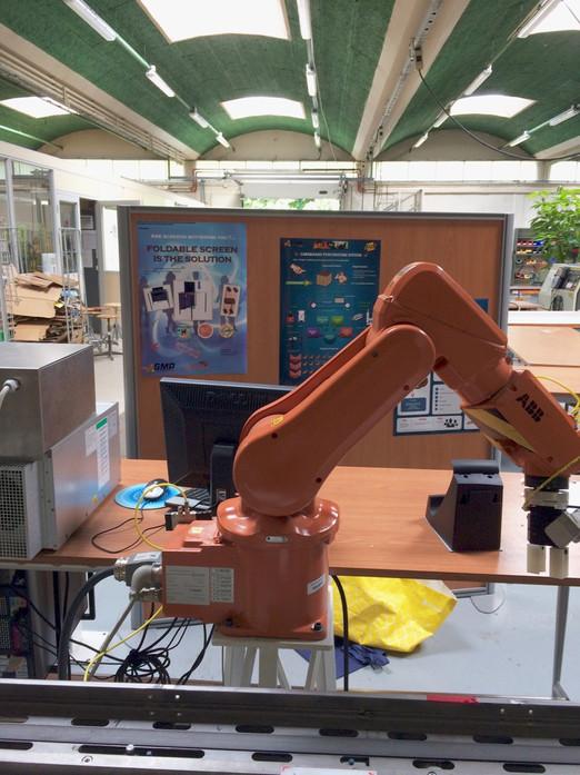 CT-USA robot at IUT-Rennes.