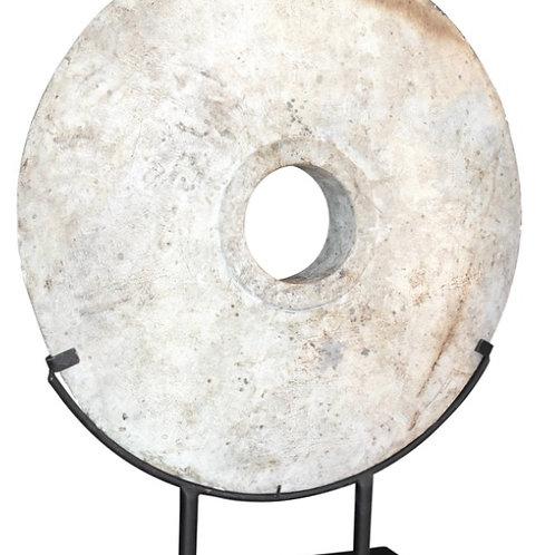 The white wooden wheel