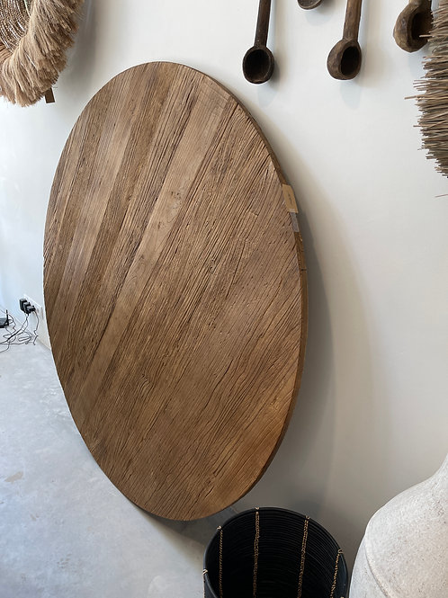 Round wooden table 150cm with feet
